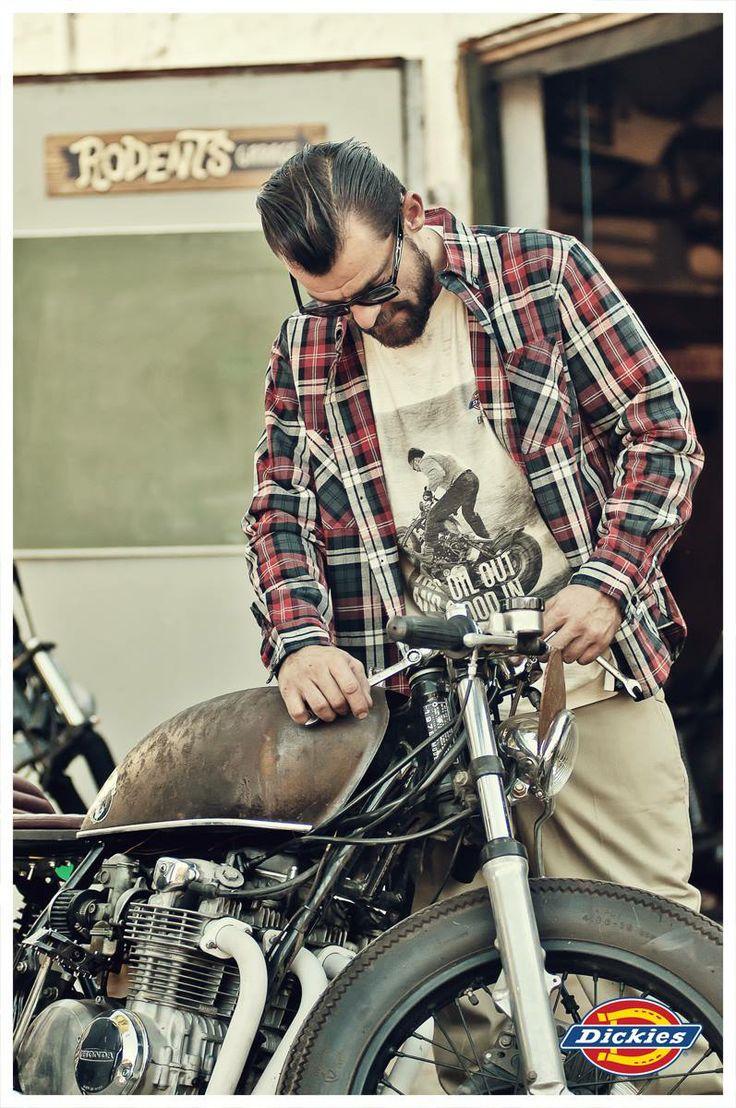 Motoros és Utcai ruházat